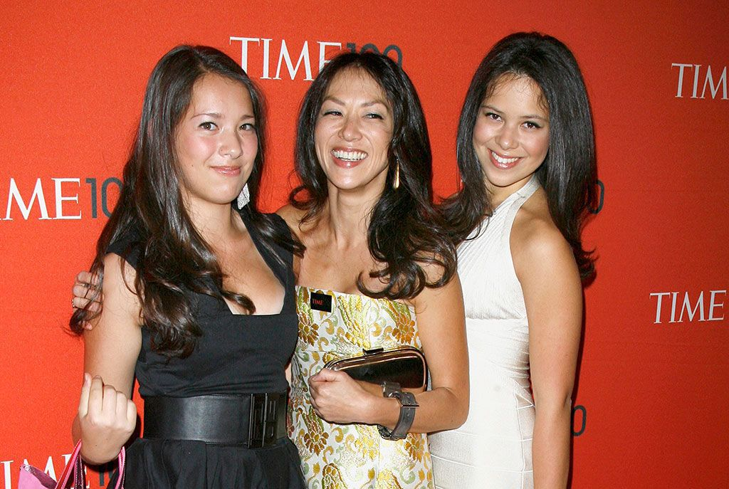 """amy chua daughter essay The everlasting bond between a mother and a daughter essay  in the memior, battle hymn of the tiger mother, amy chua says, """"i told her to stop being lazy,."""