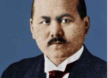 Mustafa ŞOKAY  (1890-1941)  Kazak Siyaset ve Fikir Adamı, Gazeteci